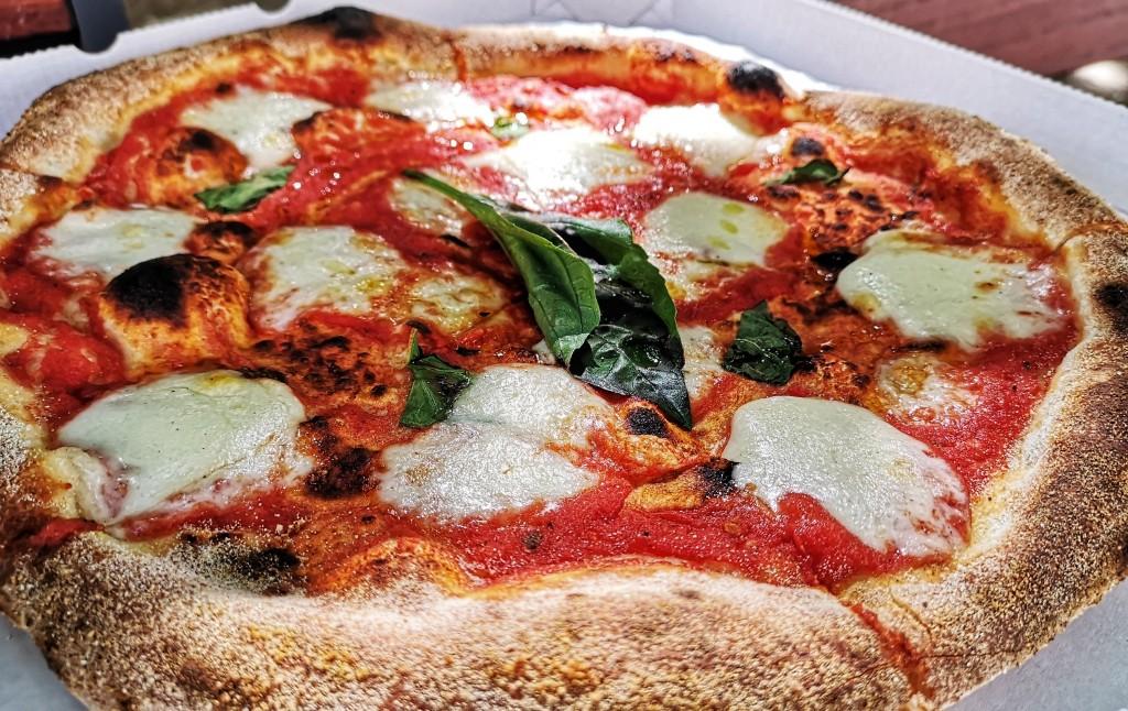 Első osztályú pizza